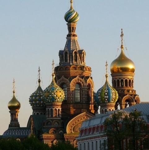 Cathédrale-Glittering-A-Saint-Pétersbourg2-485x728