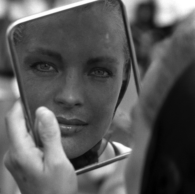"On set of ""La Piscine"" directed by Jacques Deray Romy Schneider, portrait  ** NB 9805 **"