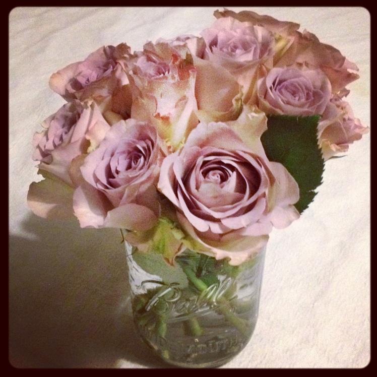bouquet de rose mason jar