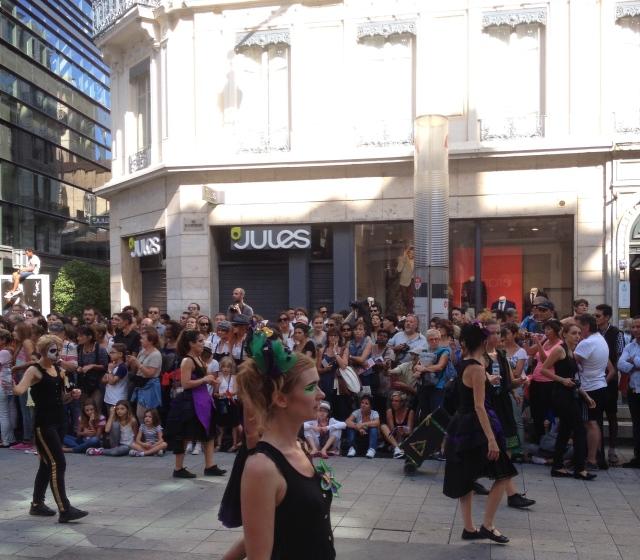Defile biennale de la danse Lyon 2014 4