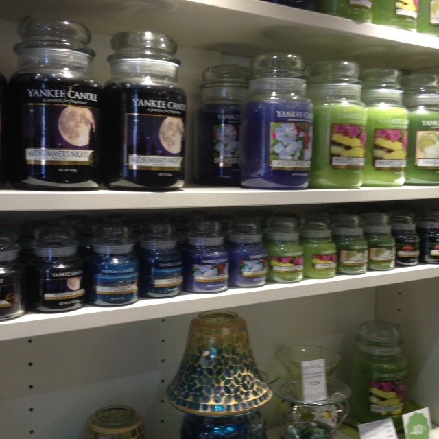 Candle store 2