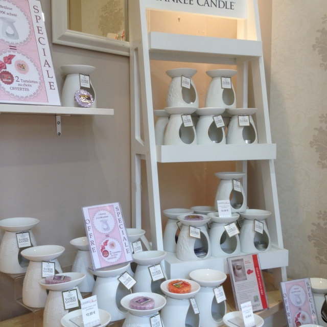 Candle store 6