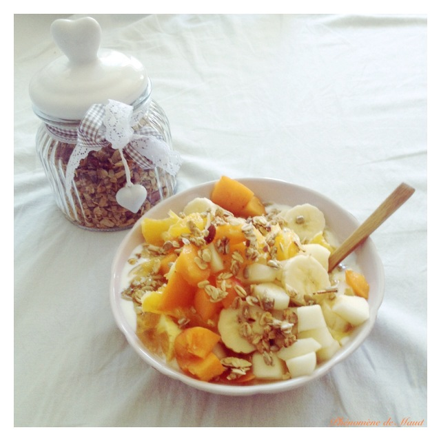 petit dejeuner cereales fruits