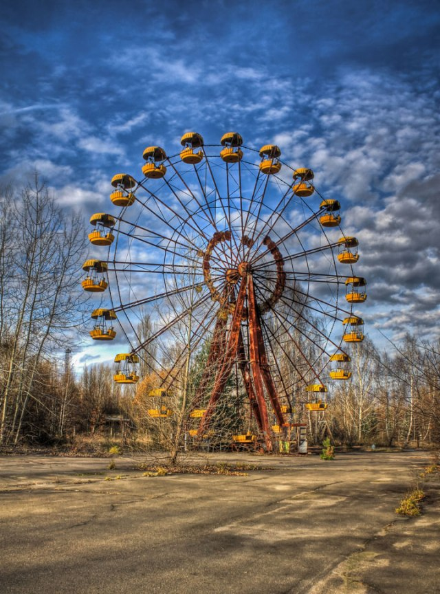 grande-roue -abandonnee-
