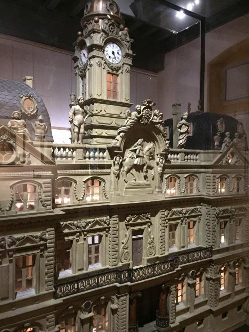 hotel de ville de lyon miniature musee gadagne