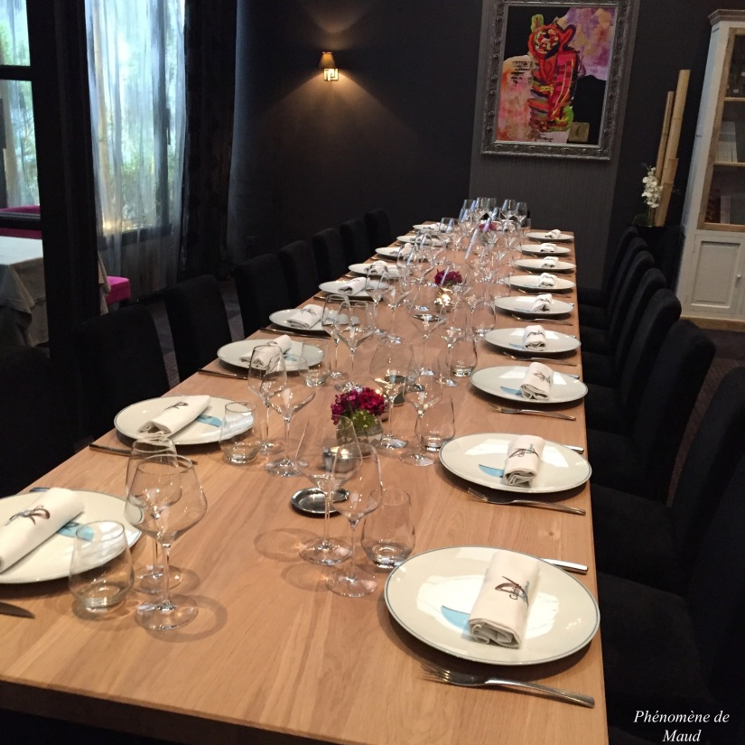 table chez cuisne et dependances fabrice bonnot.jpg