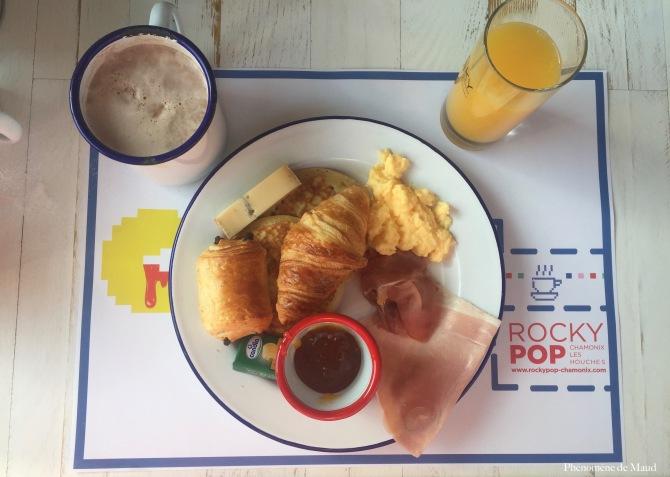 petit déjeuner au rocky pop hotel