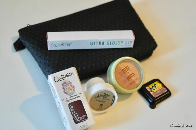 ipsy glam bag.jpg