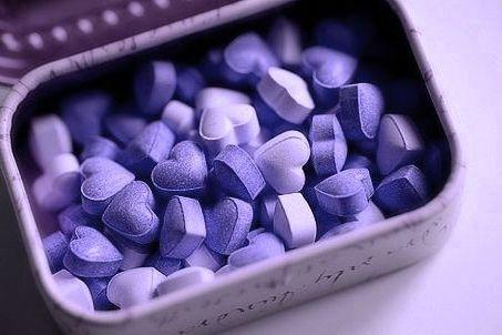 bonbons violets.jpg