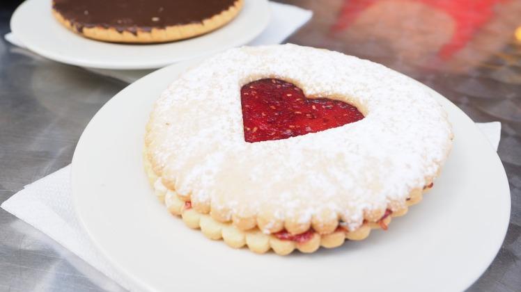 pastries-1521502_960_720