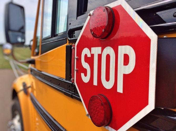 bus-878697_960_720.jpg