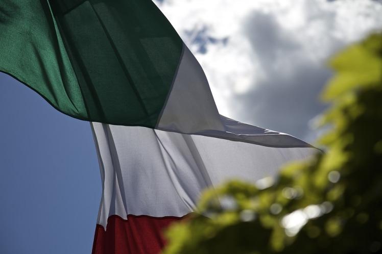 flag-2487552_960_720.jpg