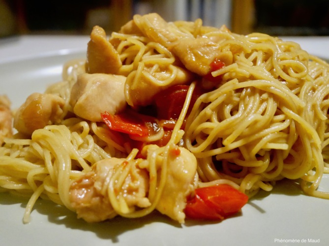 nouilles chinoises au poulet phenoemene de maud.jpg