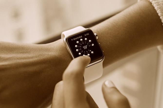 smart-watch-821557_960_720.jpg