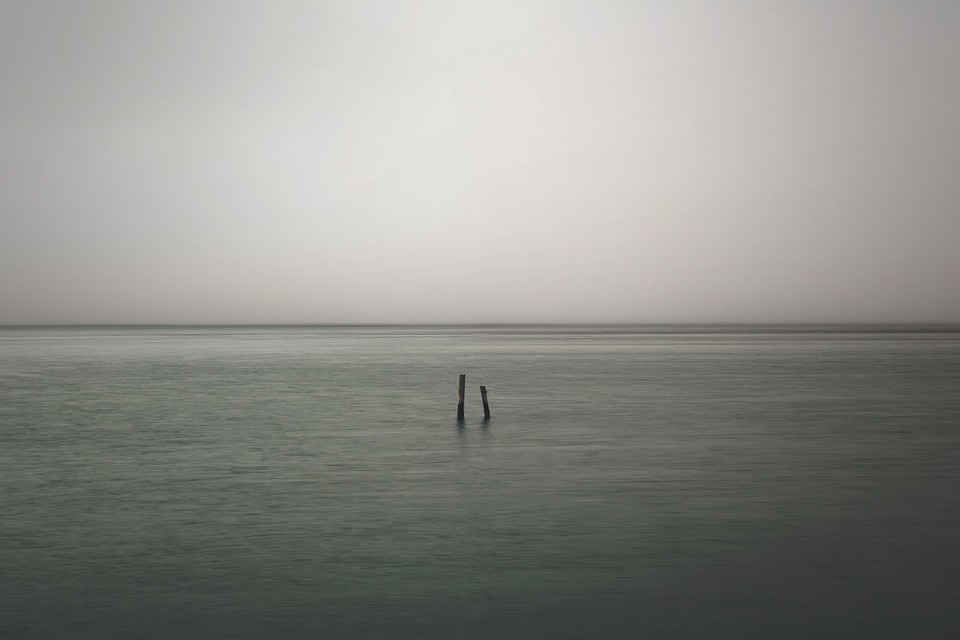 lonely-821489_960_720.jpg