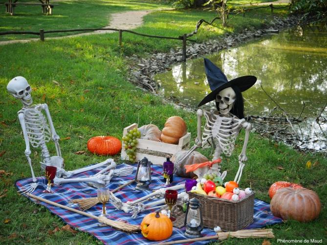 squelettes halloween phenomene de maud.jpg