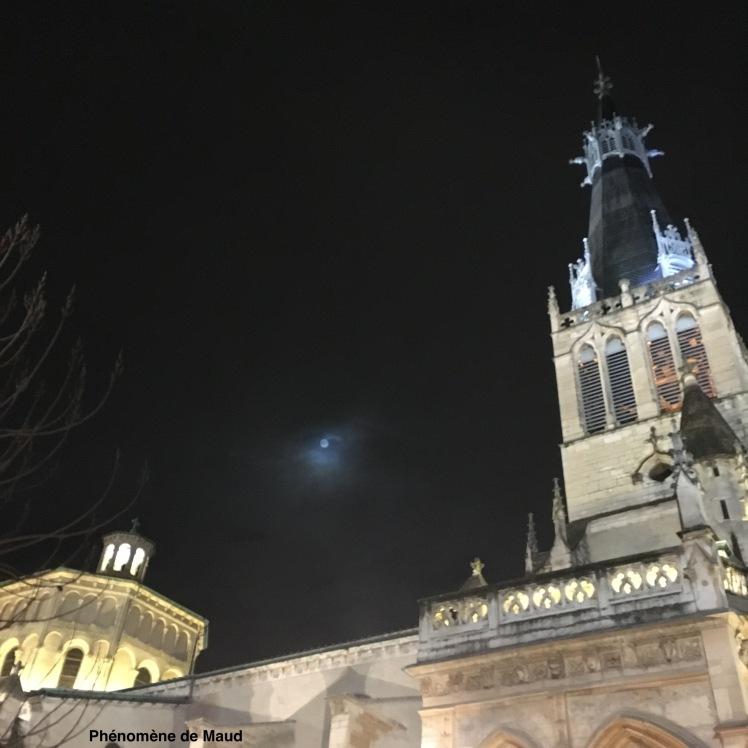 Lyon Saint Paul pleine lune.JPG
