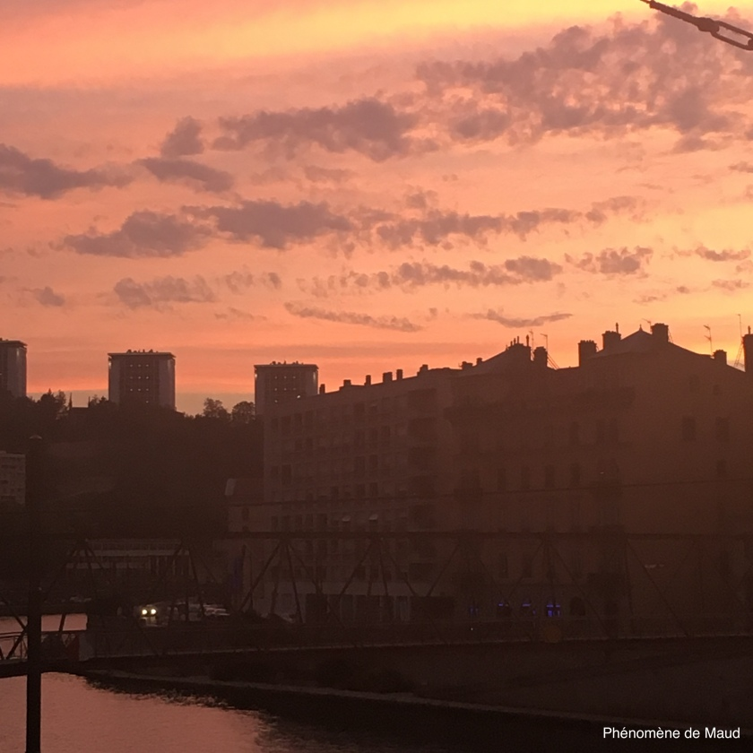 coucher de soleil phenomene de maudJPG.JPG