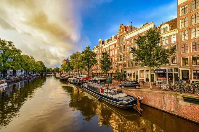 amsterdam-1910176_960_720.jpg