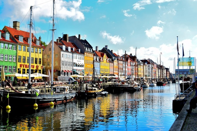 nyhavn-district-1119123_960_720.jpg