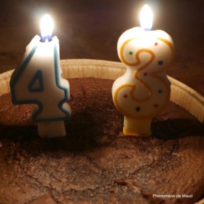 43 ans bougies gateau phenomene de maud.jpeg
