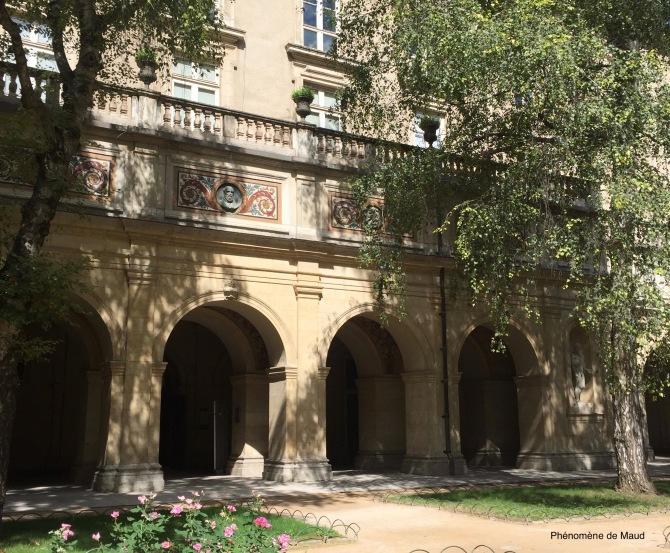 palais saint pierre lyon