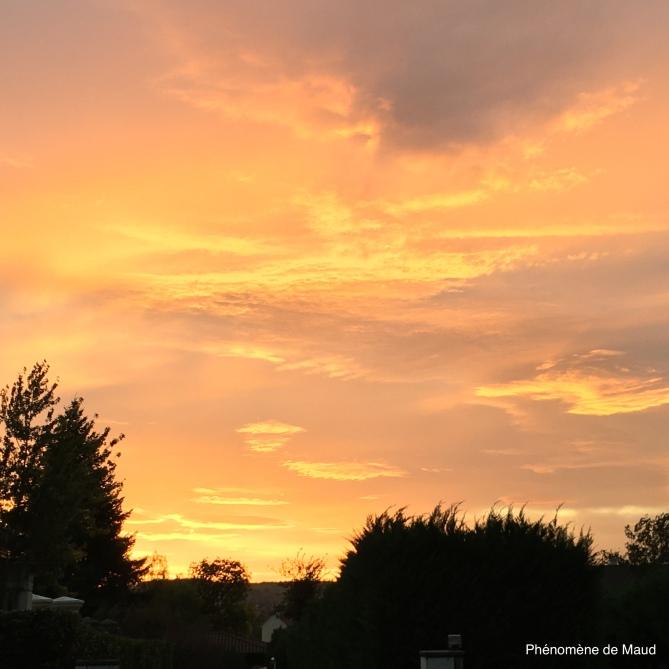 coucher de soleilJPG.JPG