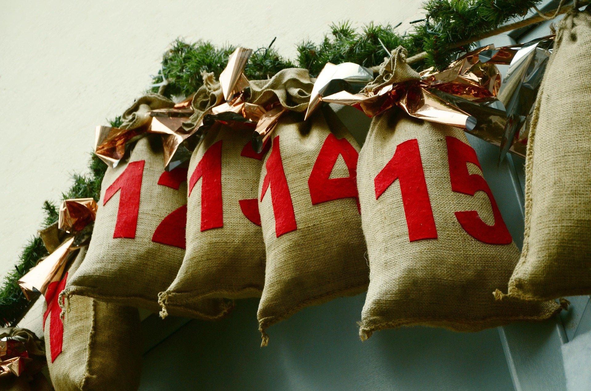 advent-calendar-1236036_1920.jpg