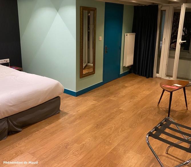 chambre hotel phenomene de maud