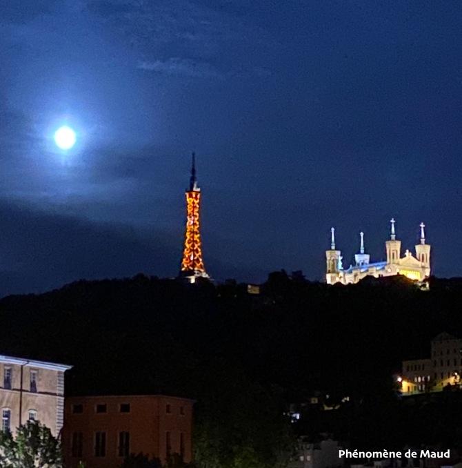super lune Lyon